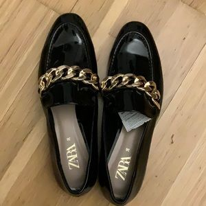 Zara patent loafers with chain